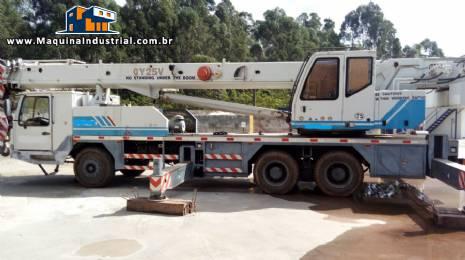 Guindaste para 25 toneladas Zoom Lion