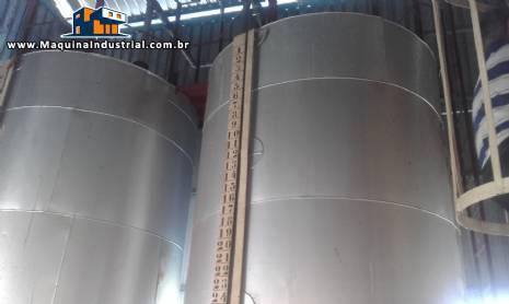 2 Tanques encamisado para recepção de gordura para 10 toneladas cada
